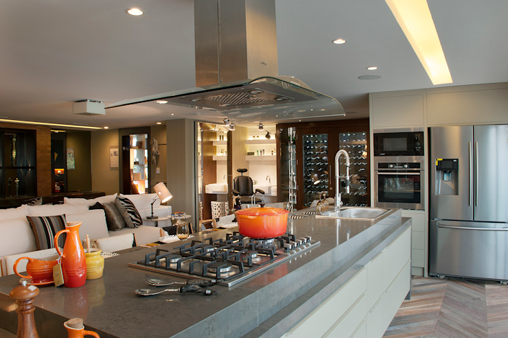 QG do Chef - Casa Cor 2014 Cozinhas modernas por Sandro Jasnievez Arquitetura Moderno