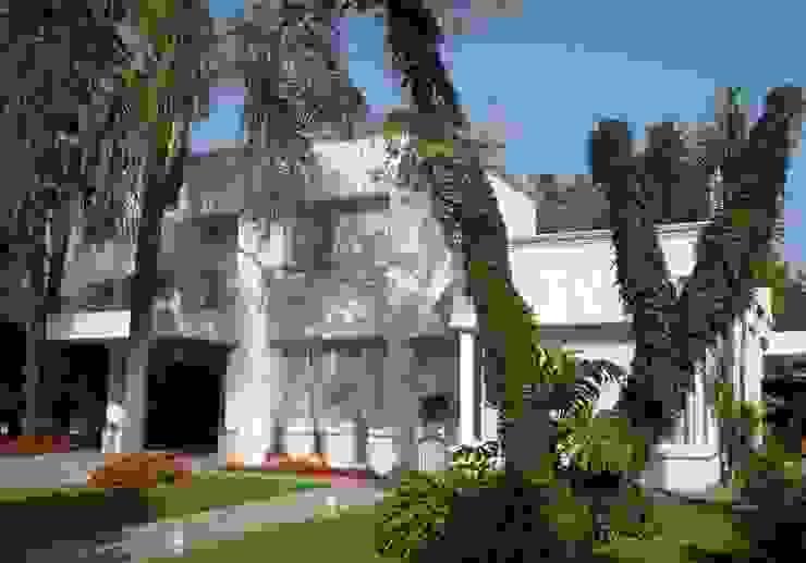 Rumah Modern Oleh cfarquitectos Modern