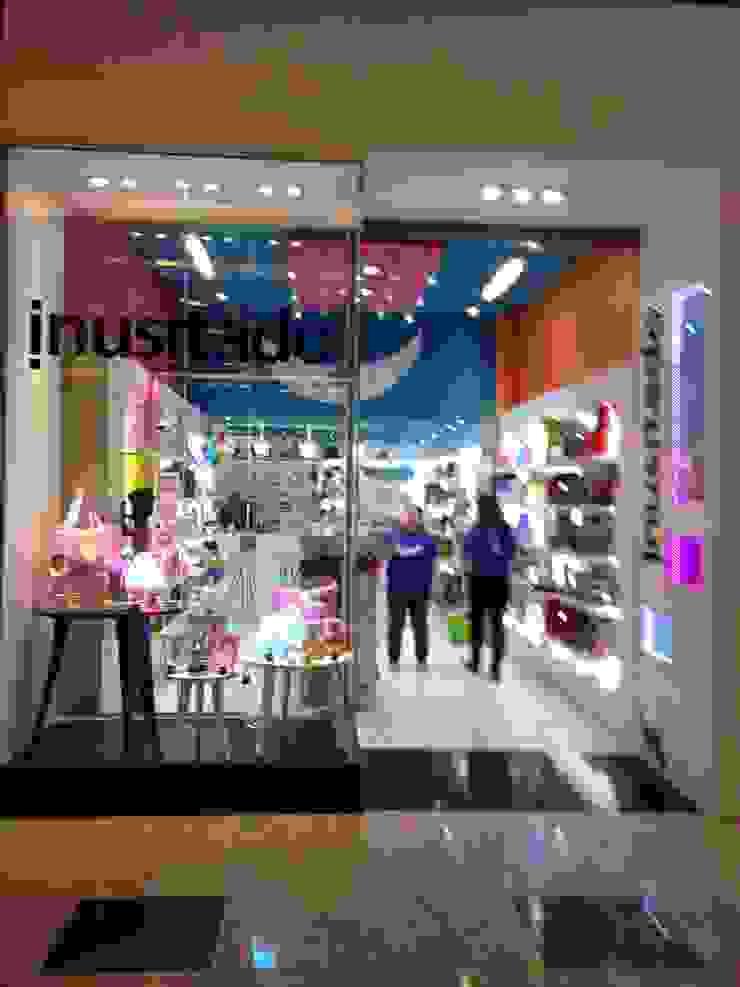 Inusitado Lojas & Imóveis comerciais modernos por ANALU ANDRADE - ARQUITETURA E DESIGN Moderno