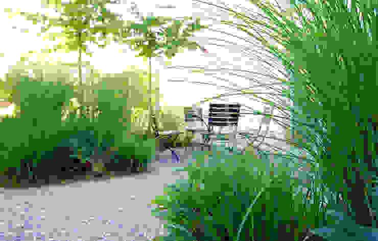 Pocket Park Garten im Landhausstil von Lustenberger Schelling Landschaftsarchitektur Landhaus