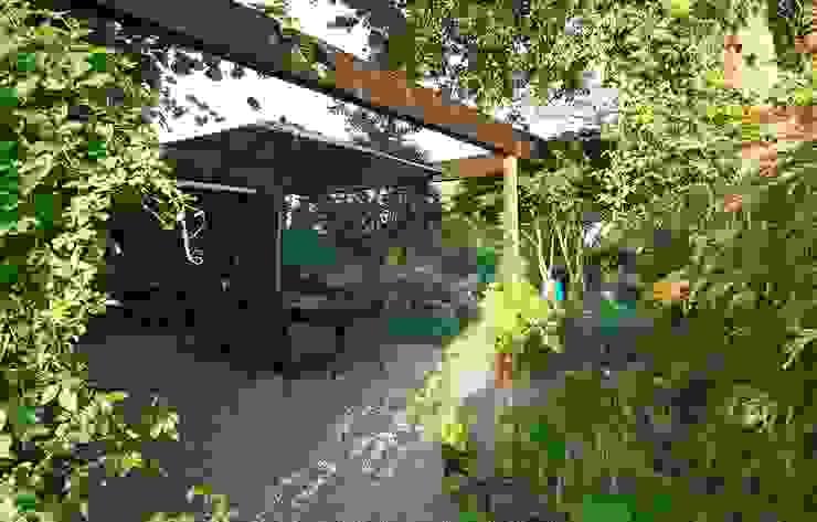 Landhausgarten Garten im Landhausstil von Lustenberger Schelling Landschaftsarchitektur Landhaus