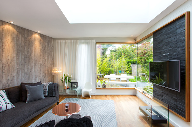 living room extension Гостиная в стиле модерн от Urban Creatures Architects Модерн
