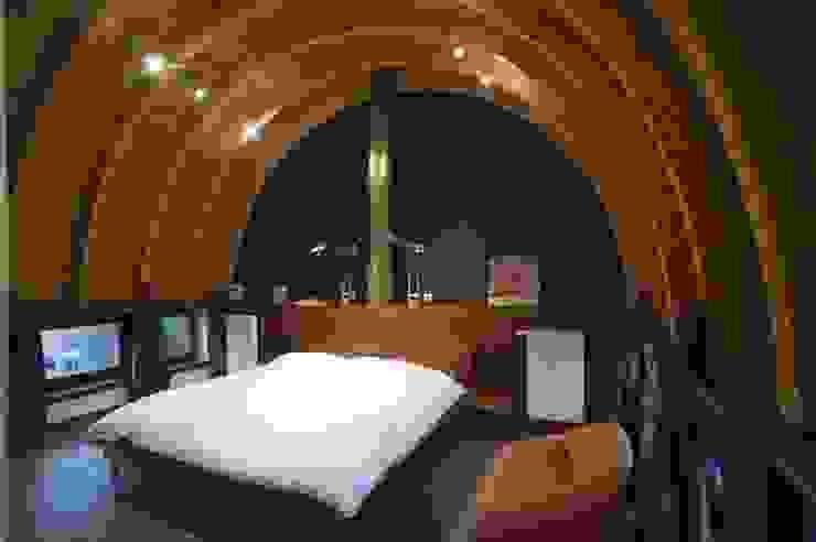 CRAPAURUE Chambre moderne par fhw architectes sprl Moderne