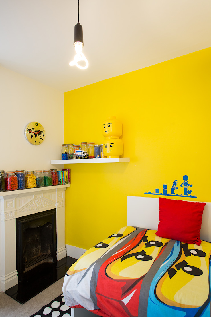 kids lego themed room Modern style bedroom by Urban Creatures Architects Modern