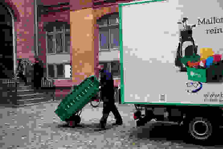 Boxen zum Umziehen Moderne Geschäftsräume & Stores von Boxie24 Lagerraum Modern