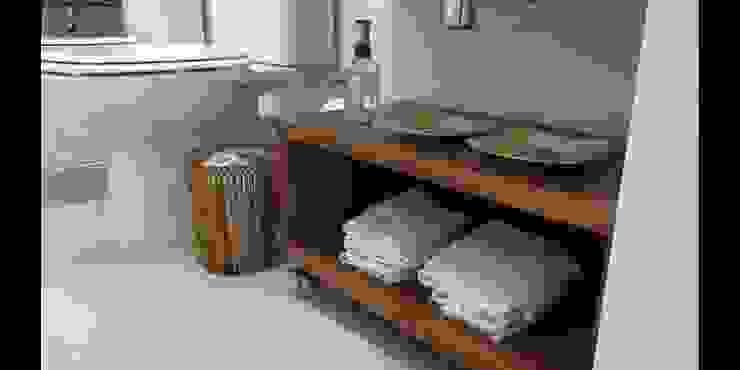 Apartamento 140m² Banheiros modernos por Marianna Vetorazzo Haddad Arq+Interiores Moderno