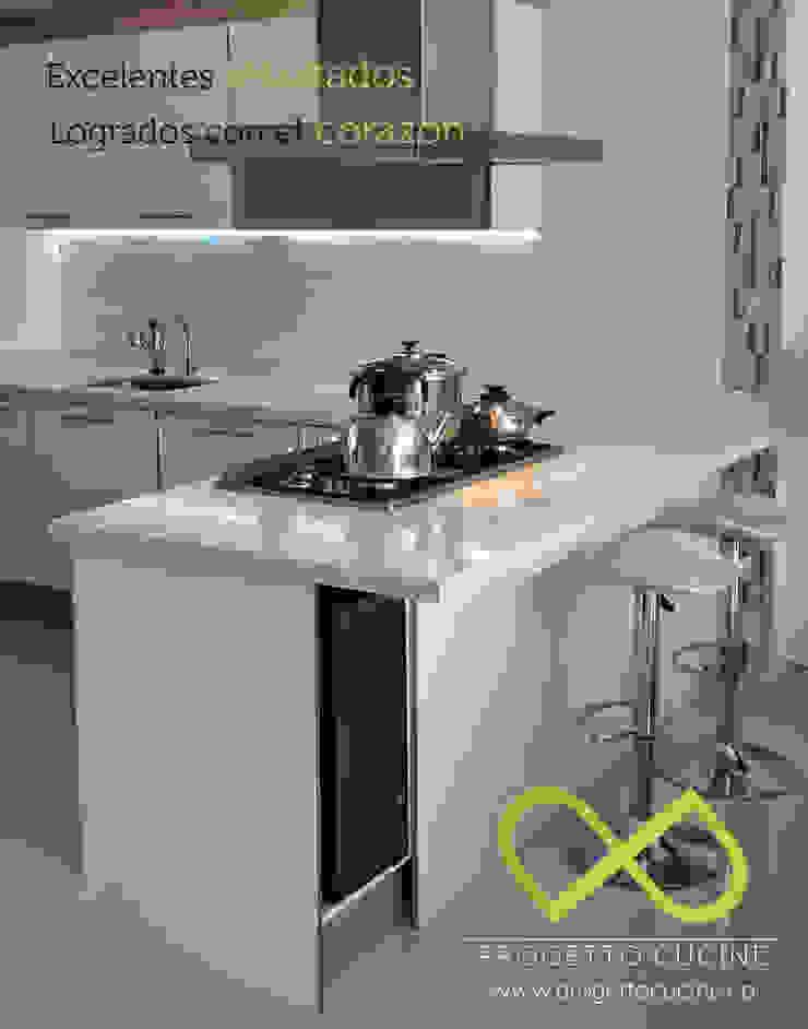 Diseñamos la cocina de tus sueños de Progetto Cucine Moderno Tablero DM
