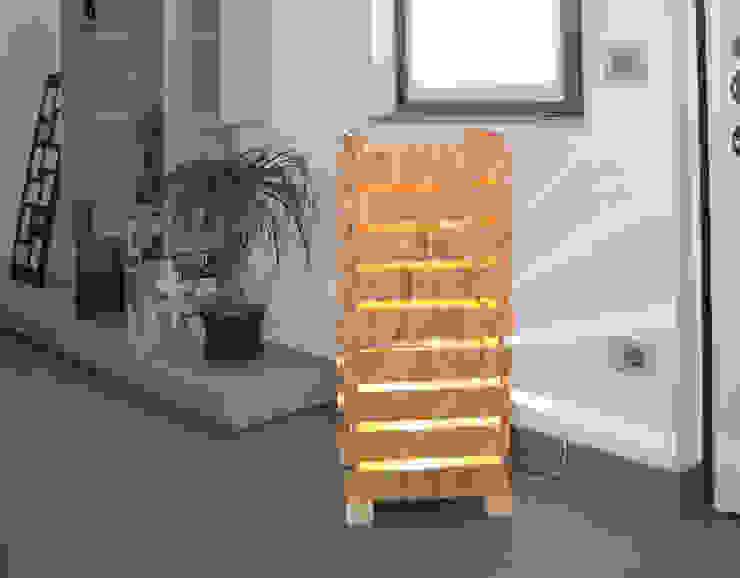 totem lamp di Daniele Piazzola architetto e designer a Como Moderno