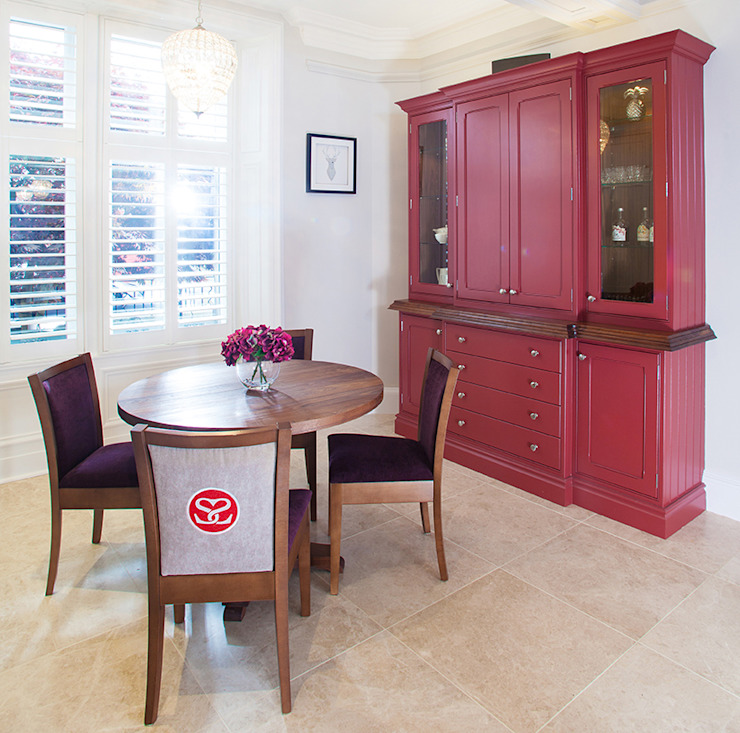 Traditional Kitchen Sculleries of Stockbridge KitchenTables & chairs
