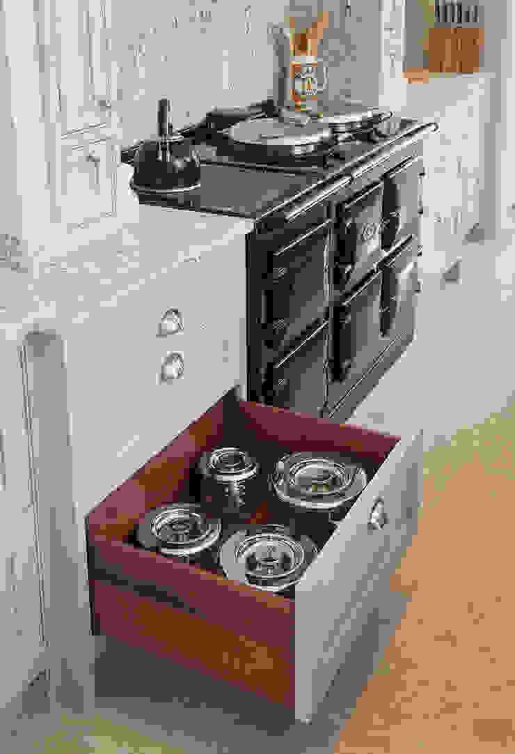 Traditional Kitchen Sculleries of Stockbridge KitchenStorage