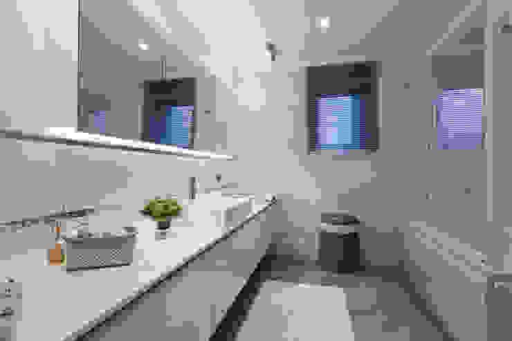 R.K. Konutu Modern Banyo Treso İç Mimarlık Modern