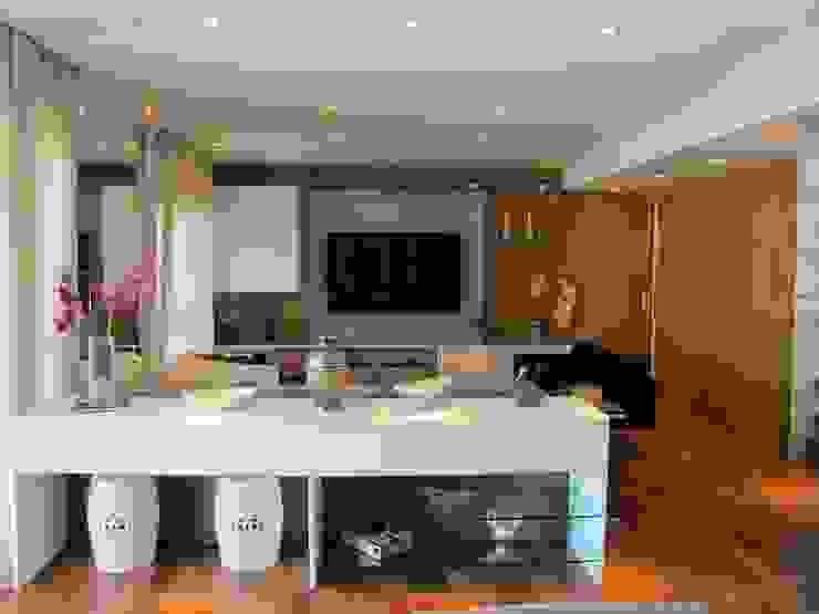 Residencia / Apartamento Salas de estar modernas por Andrea Vasconcelos Arquitetura e Design Moderno