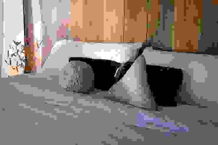 T + T Arquitectos Modern style bedroom