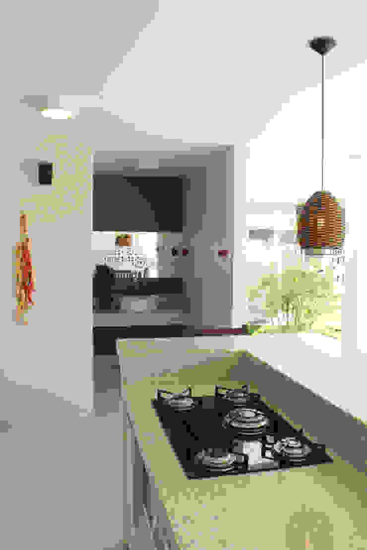 Projeto de área de lazer Cozinhas modernas por StudioM4 Arquitetura Moderno