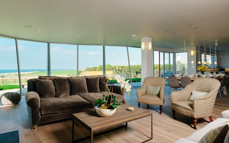 Living room Perfect Stays Salones de estilo moderno