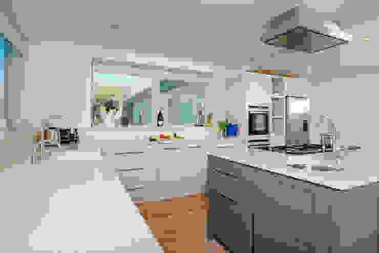 Kitchen Perfect Stays Cocinas de estilo moderno