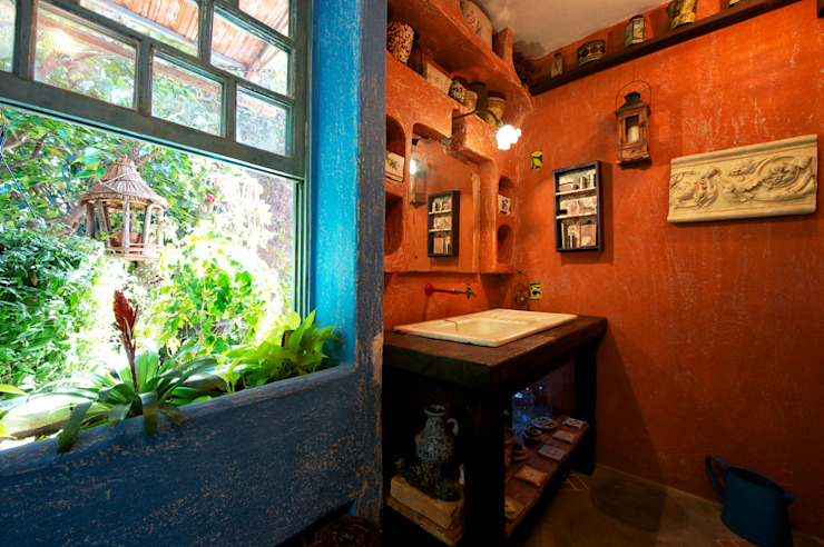 Sala de Banho Diferente: Banheiros  por Régua Arquitetura