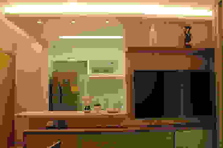 StudioM4 Arquitetura SalonesMuebles de televisión y dispositivos electrónicos