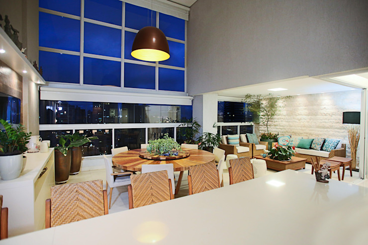 Varanda Varandas, alpendres e terraços ecléticos por Orizam Arquitetura + Design Eclético