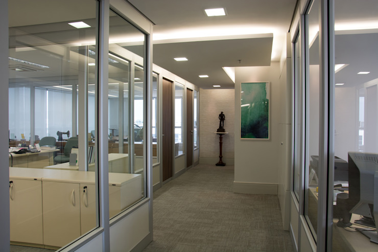 Projeto Corporativo – Platinun Tower Escritórios modernos por Tania Bertolucci de Souza   Arquitetos Associados Moderno
