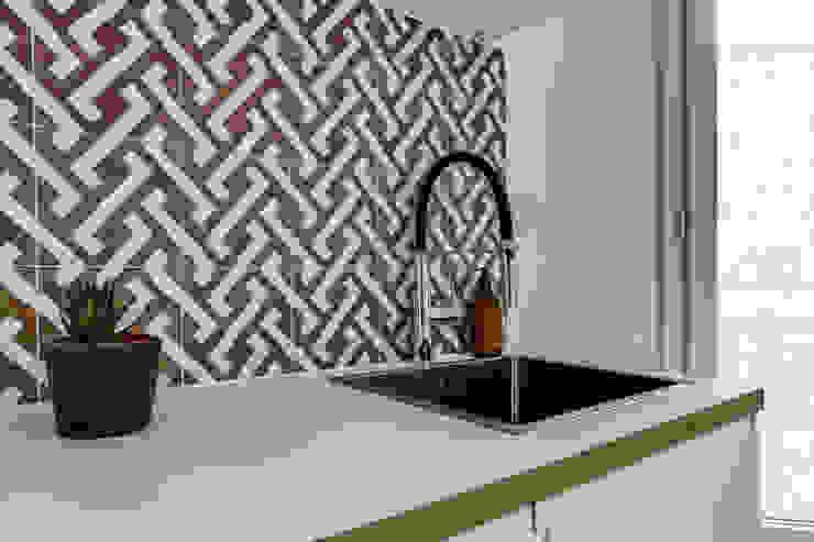 crédence cuisine, Projet Crimée, architectes intérieurs: Carla Lopez et Margaux Meza Cuisine moderne par Transition Interior Design Moderne
