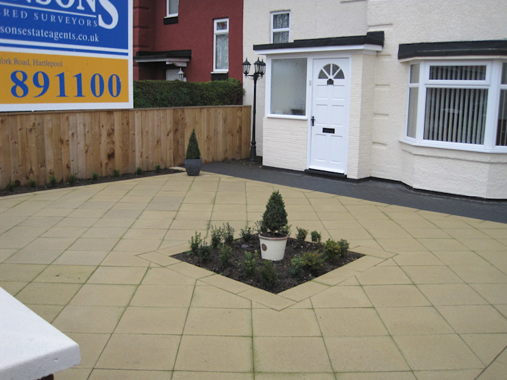 Small front garden with contemporary paving reversed by Mike Bradley Garden Design