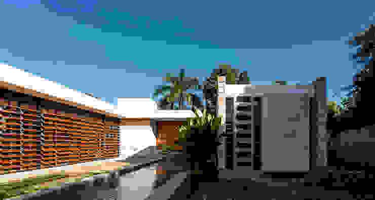Fachada Interior Casas modernas de Taller Estilo Arquitectura Moderno