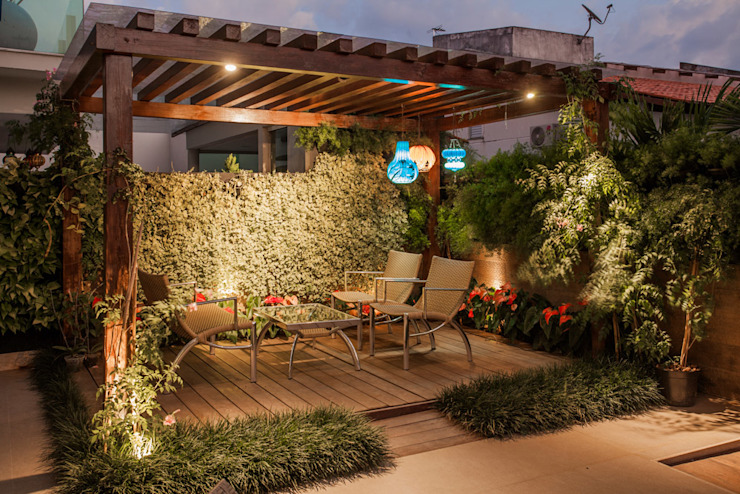 Projeto Modern style balcony, porch & terrace by Heloisa Titan Arquitetura Modern