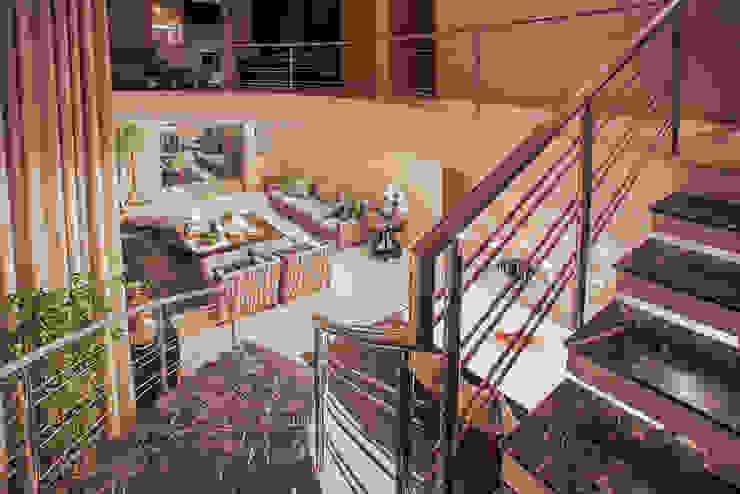 Projeto Corredores, halls e escadas modernos por Heloisa Titan Arquitetura Moderno