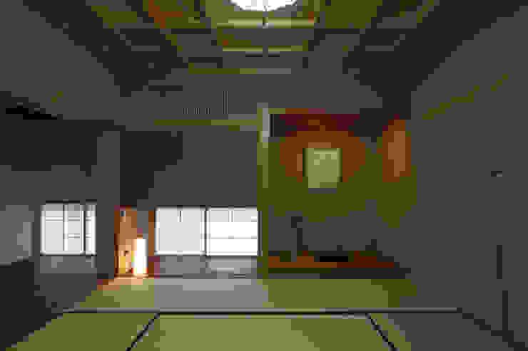 前原の家 オリジナルデザインの 多目的室 の AMI ENVIRONMENT DESIGN/アミ環境デザイン オリジナル
