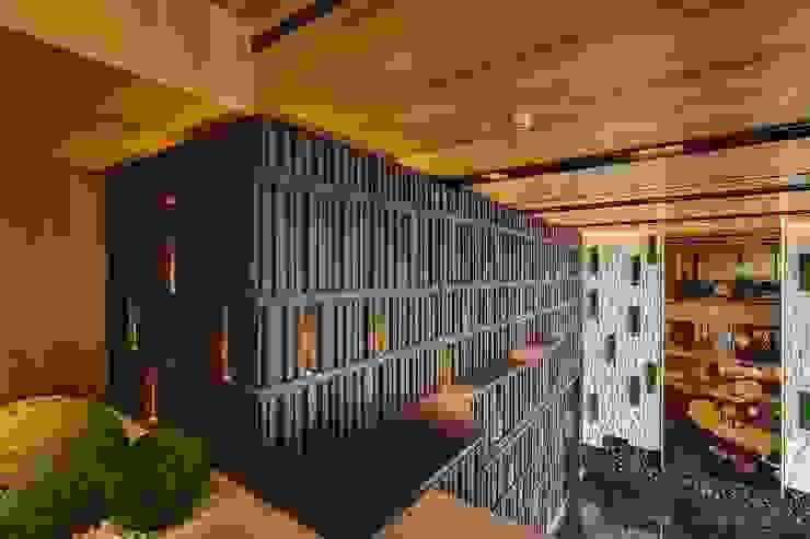 [COMMERCIAL] Yawu Design 모던스타일 복도, 현관 & 계단 by KD Panels 모던 우드 우드 그레인