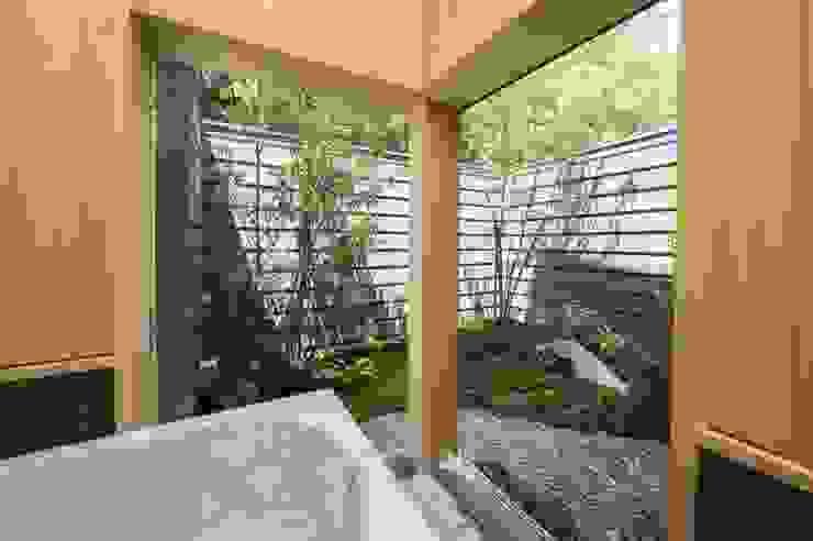 8匹の猫と姉妹の暮らす家 和風の お風呂 の AMI ENVIRONMENT DESIGN/アミ環境デザイン 和風