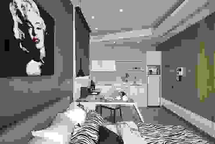 Camera da letto moderna di KD Panels Moderno Legno Effetto legno