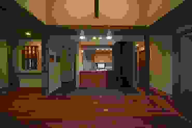 豊浦町の家 和風デザインの リビング の AMI ENVIRONMENT DESIGN/アミ環境デザイン 和風