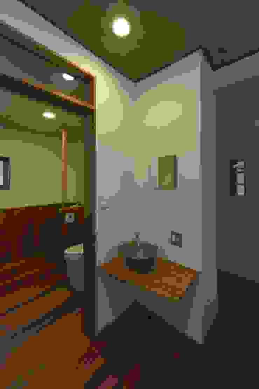 豊浦町の家 和風の お風呂 の AMI ENVIRONMENT DESIGN/アミ環境デザイン 和風