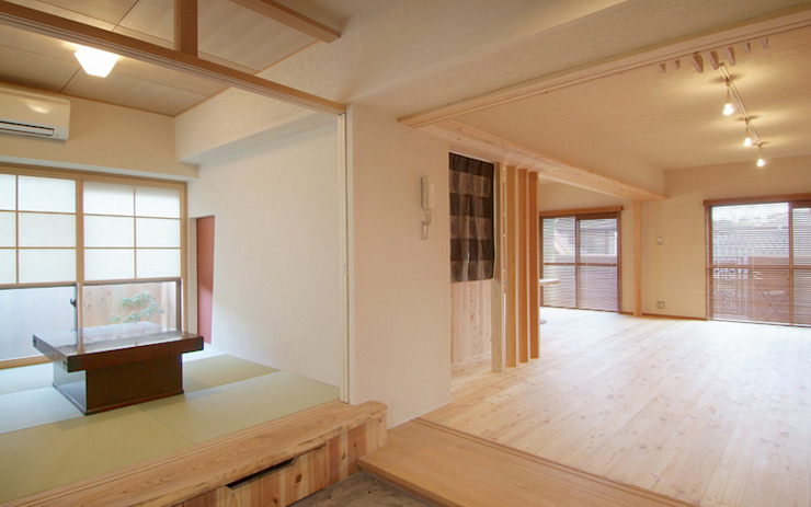 久留米の家 和風デザインの リビング の AMI ENVIRONMENT DESIGN/アミ環境デザイン 和風