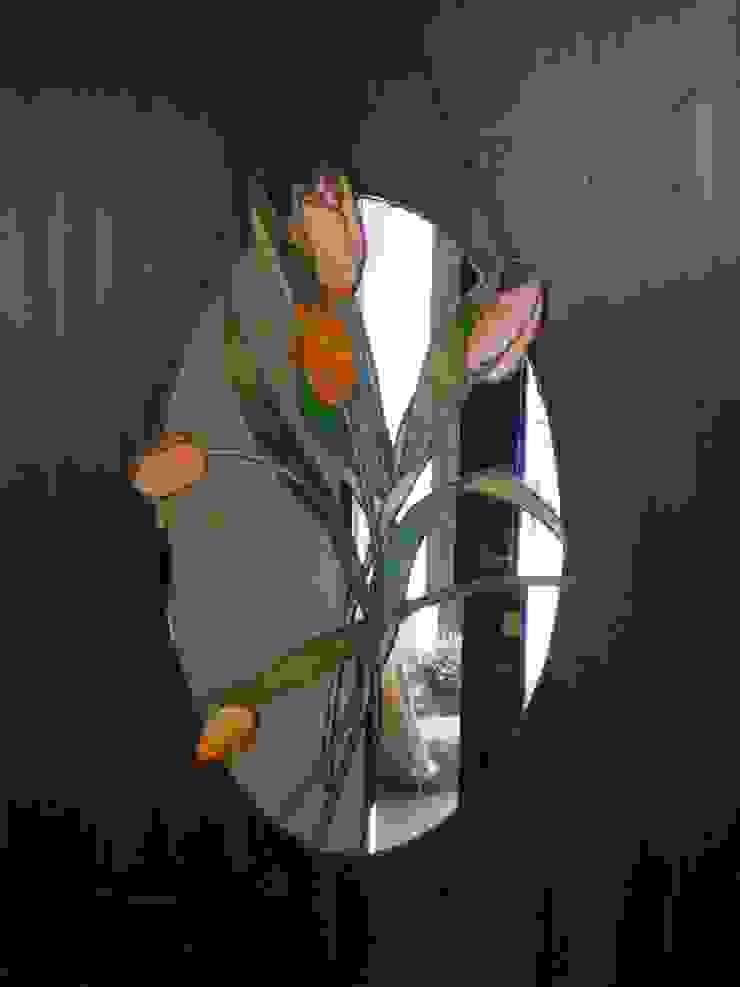 チューリップの鏡: タラ工房が手掛けた折衷的なです。,オリジナル ガラス