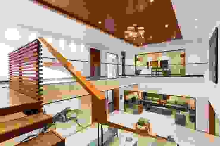 Jayesh bhai interiors Modern corridor, hallway & stairs by Vipul Patel Architects Modern