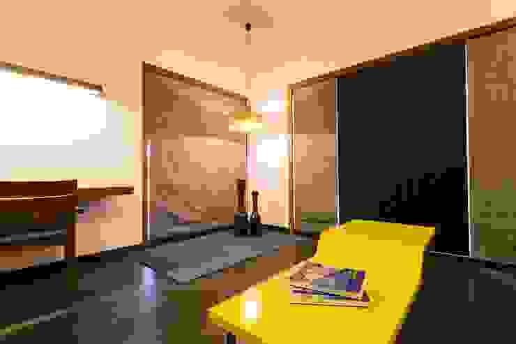 Jayesh bhai interiors Modern style bedroom by Vipul Patel Architects Modern