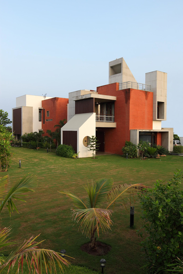 Dual house images Modern houses by Vipul Patel Architects Modern