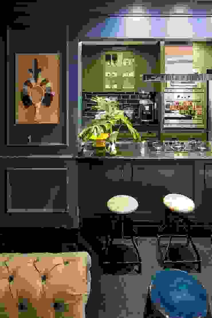 Cuisine classique par Piloni Arquitetura Classique