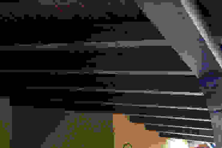 panelestudio Classic style houses Wood