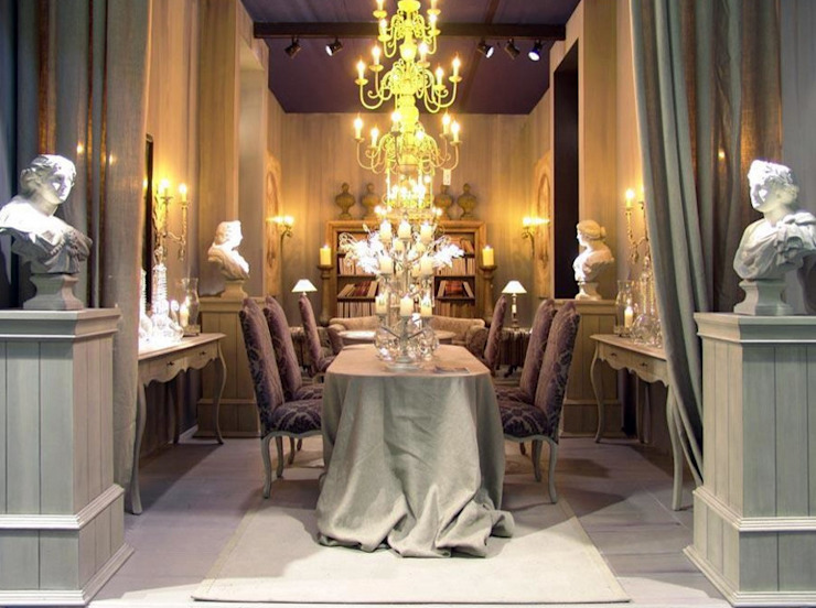 Modern dining room by Daniela Rodriguez Modern