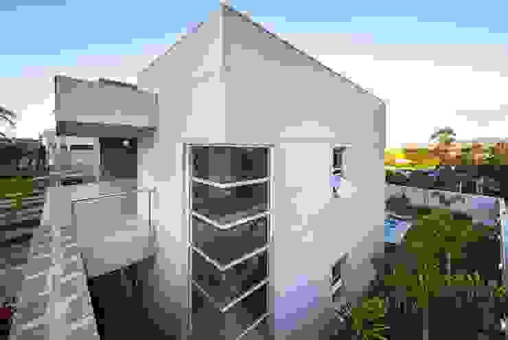 Casa, Condomínio Ibi Aram, Itupeva, São Paulo, Brasil Casas modernas por Larissa Carbone Arquitetura e Interiores Moderno