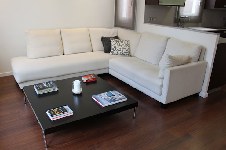 Modern Living Room by Obra de Eva Modern