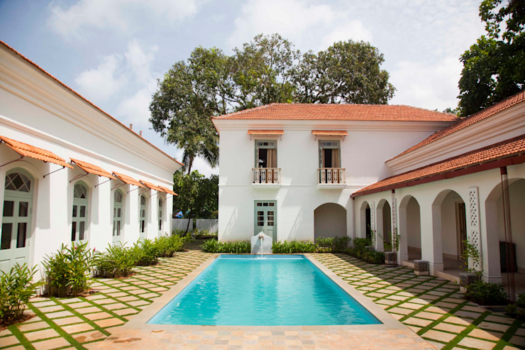 Villa Verde, Goa. Tropical style houses by Studio MoMo Tropical