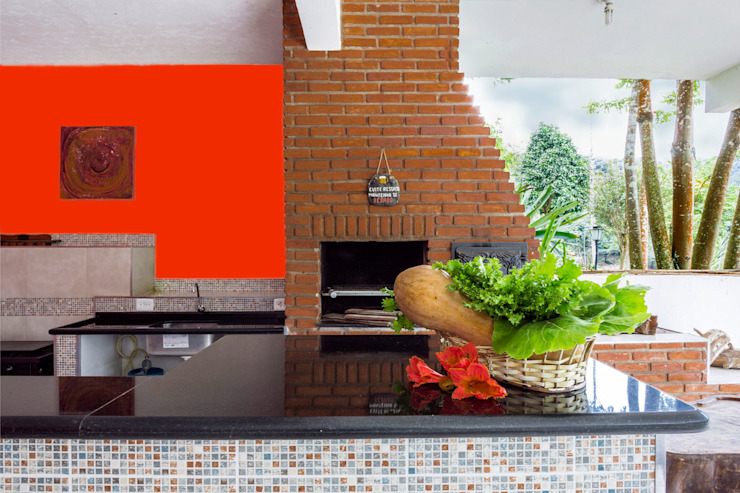 by Elisabeth Berlato Arquitetura, Interiores e Paisagismo Country Bricks