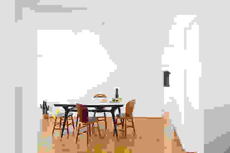 Salon classique par 23 Sul arquitetura Classique