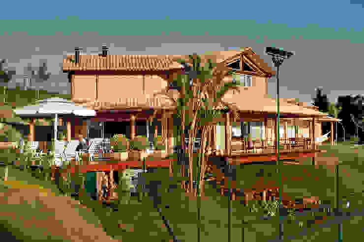 Casa Fazenda CC Casas rústicas por Silvia Cabrino Arquitetura e Interiores Rústico