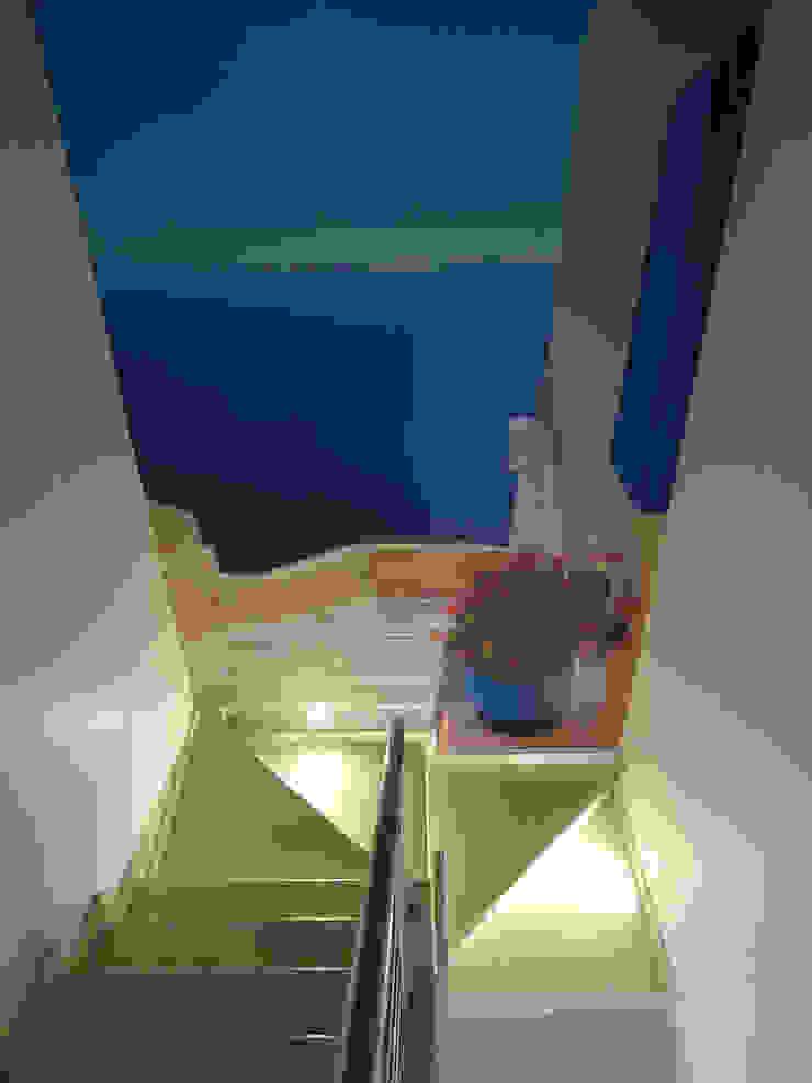 Santorini por CASADART.PT Moderno